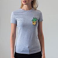 Женская серая футболка, карман с котом-кактусом