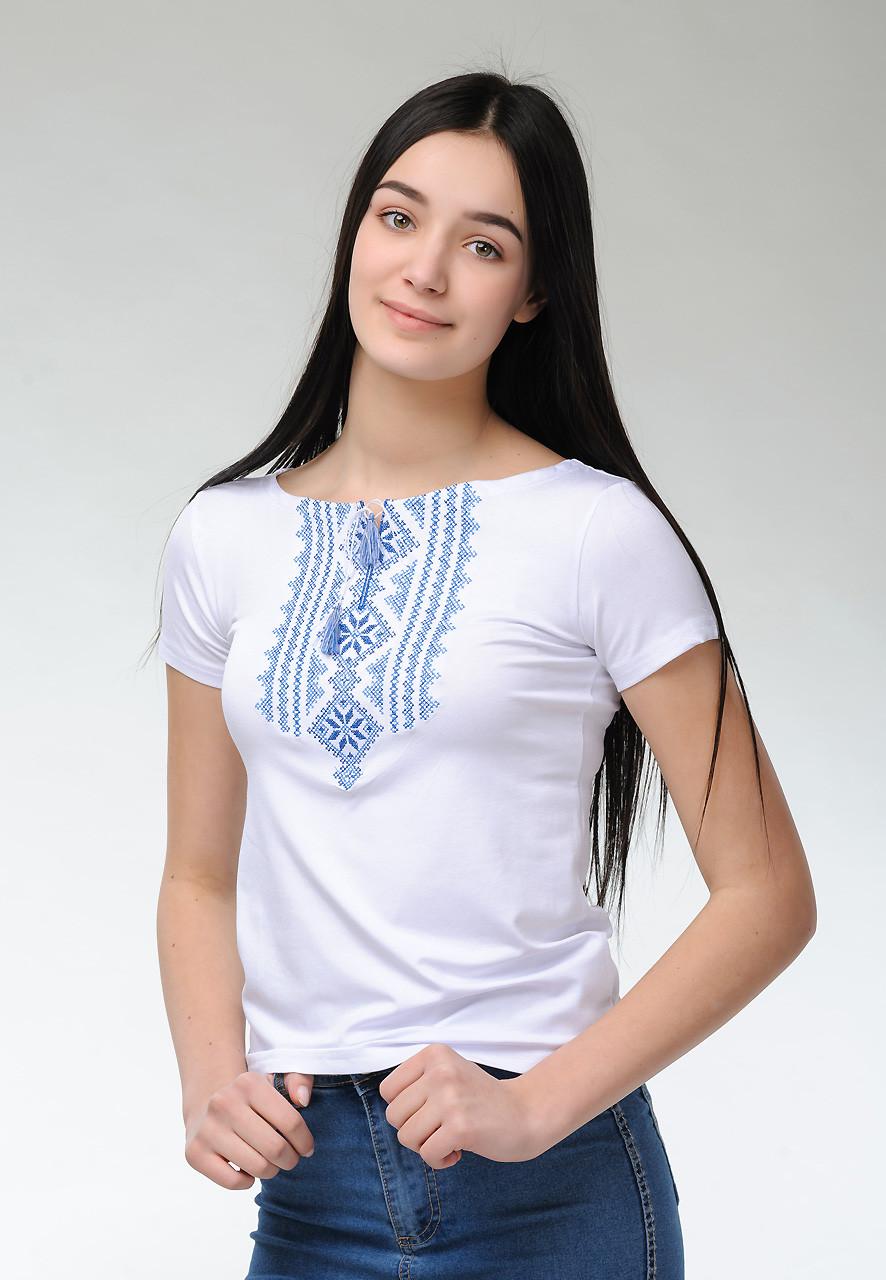 Вишита футболка для дівчини в білому кольорі із геометричним орнаментом «Гуцулка (блакитна вишивка)»