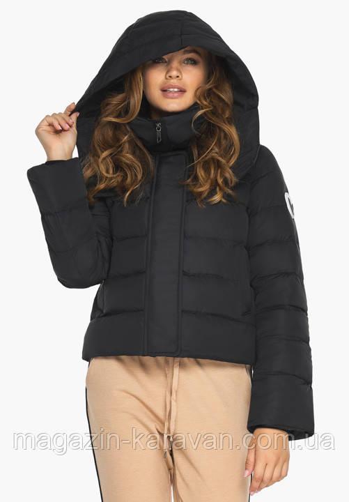 Курточка черная на зиму женская с ветрозащитным клапаном
