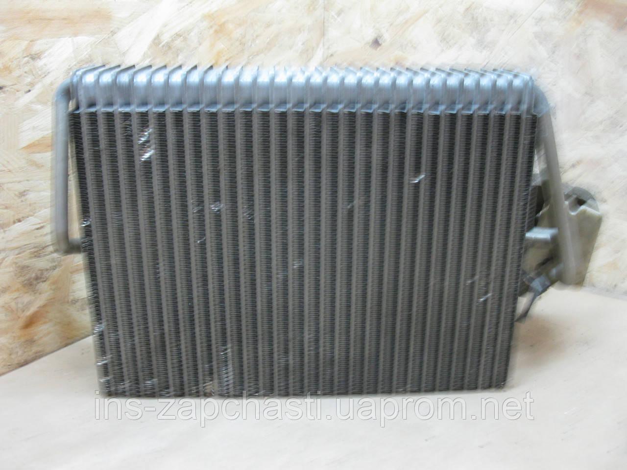2108300858 Радіатор пічки Mercedes Benz E-Klasse W210