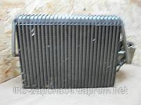 2108300858 Радиатор печки  Mercedes Benz E-Klasse W210