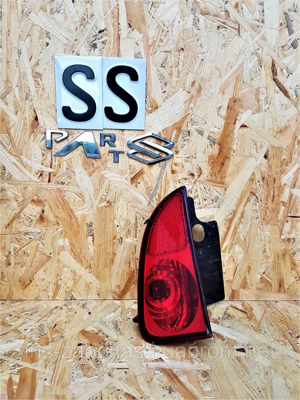 8200027154  Задний правый фонарь в бампер  Renault Espace IV 03-2014