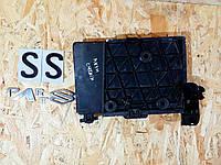 8200166032 Кріплення АКБ корпус підставка Renault Megane II, фото 1