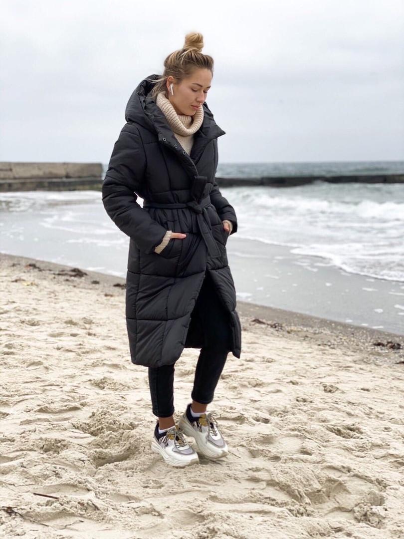 Р. 42-48 Женская стеганная длинная куртка с капюшоном на силиконе 300 черная