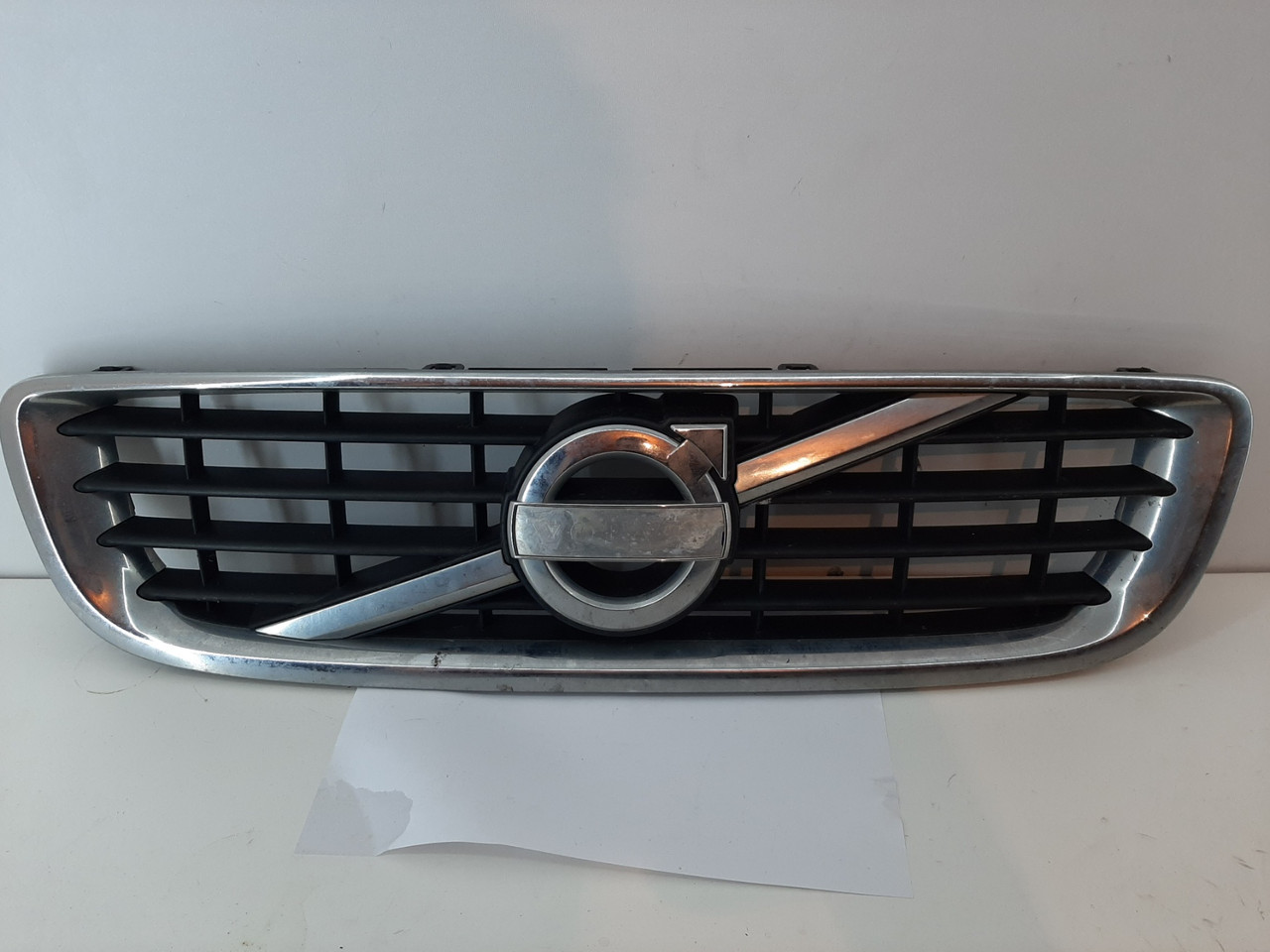 Решетка Volvo S40 V50 2011 гг 31290757