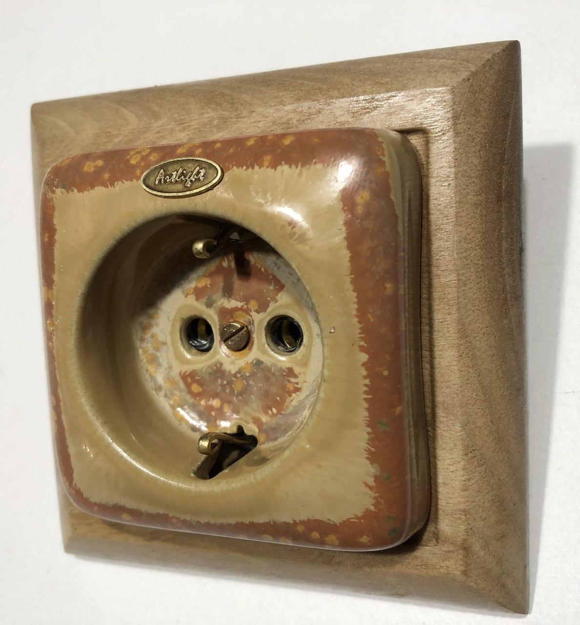 Ретро розетка фарфоровая Artlight скрытого монтажа с заземлением, Медь, серия Loft,