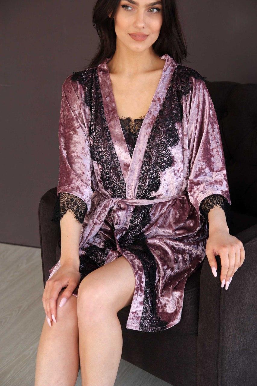 Халат женский из мраморного велюра пудрового цвета