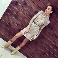Женское стильное вязаное платье на пуговках