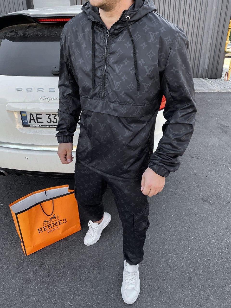 Мужской черный спортивный костюм с капюшоном LV