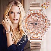 Женские часы с вращающимся крутящимся циферблатом Chanel Flower Diamond Rotation Watch Золотистый