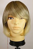 Жіночий парик з натуральних волосся. Русявий.