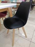 Пластиковий стілець P-01 чорний на букових ніжках Vetro Mebel, фото 3