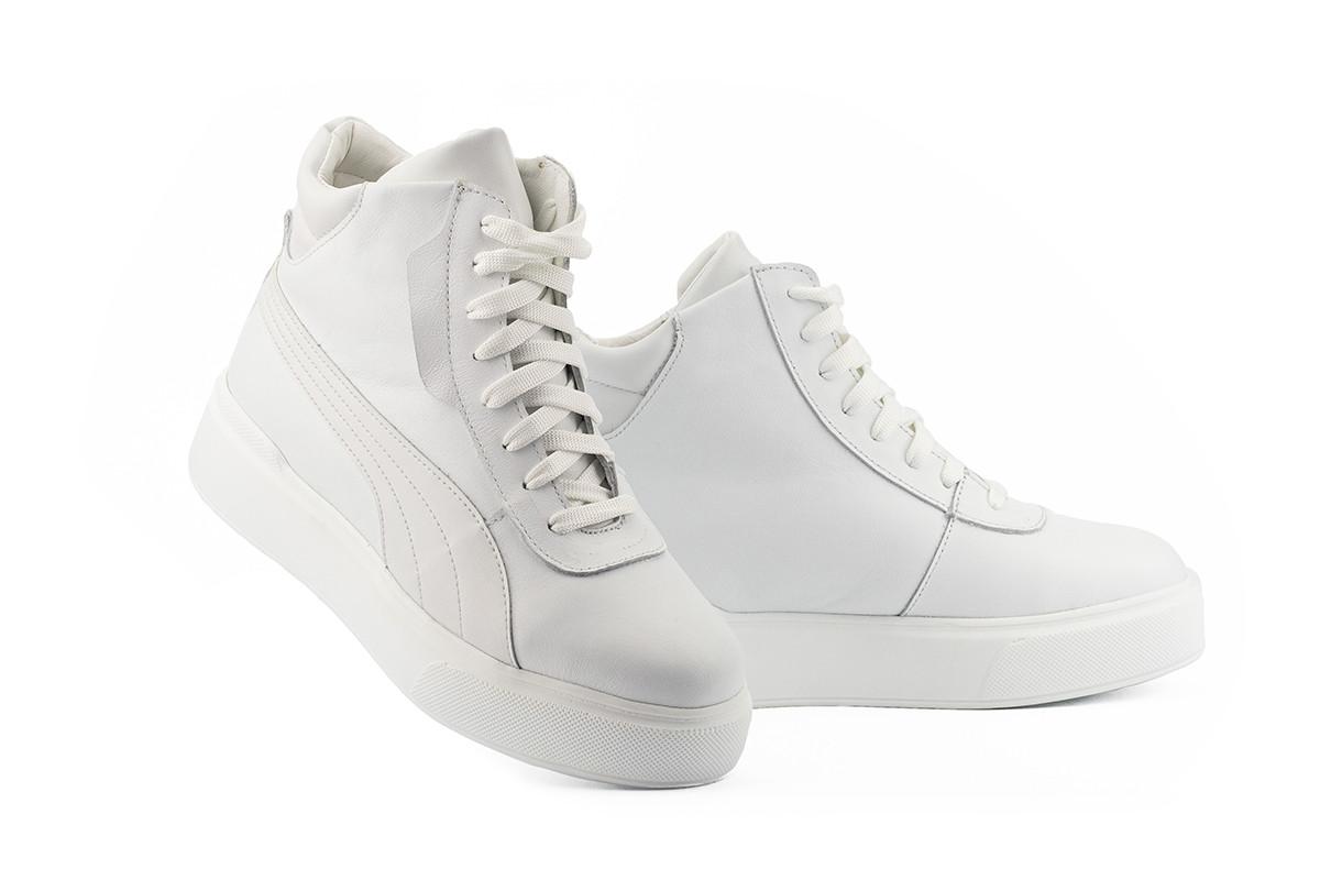 Женские ботинки кожаные весна/осень белые Yuves 112