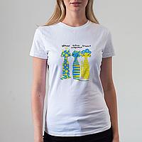 Женская белая футболка с котами