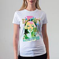 Женская белая футболка с девушкой