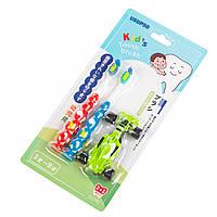 Зубная щетка детская с игрушкой 2 шт