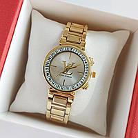 Женские наручные часы золотого цвета на браслете Louis Vuitton, серебристый циферблат, дата - код 1753, фото 1