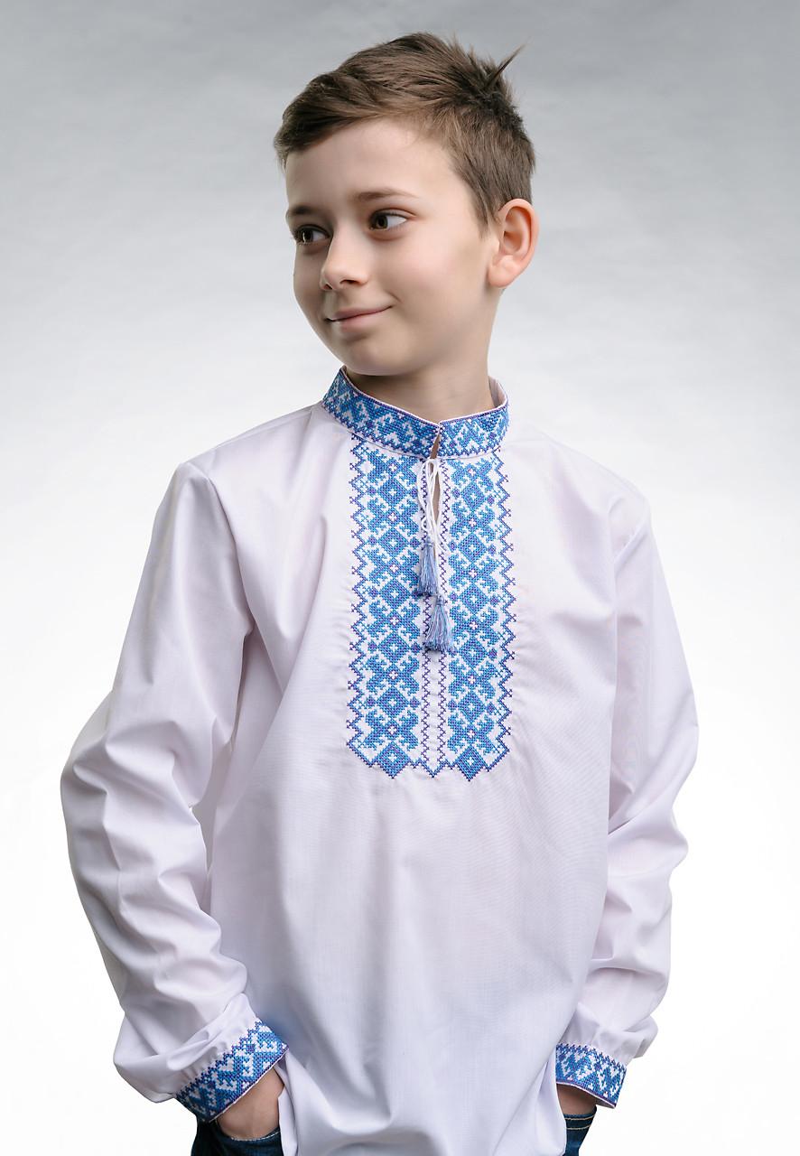 Вышиванка для мальчика белого цвета с голубой вышивкой «Андрей»