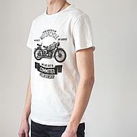 Мужская белая футболка с мотоциклом