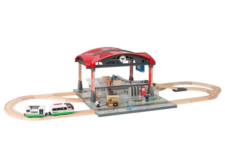 Дерев'яна залізниця Playtive Train station Німеччина