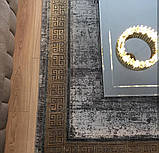Красивий багатий килим в стилі модерн з візерунком версаче під золото, фото 8