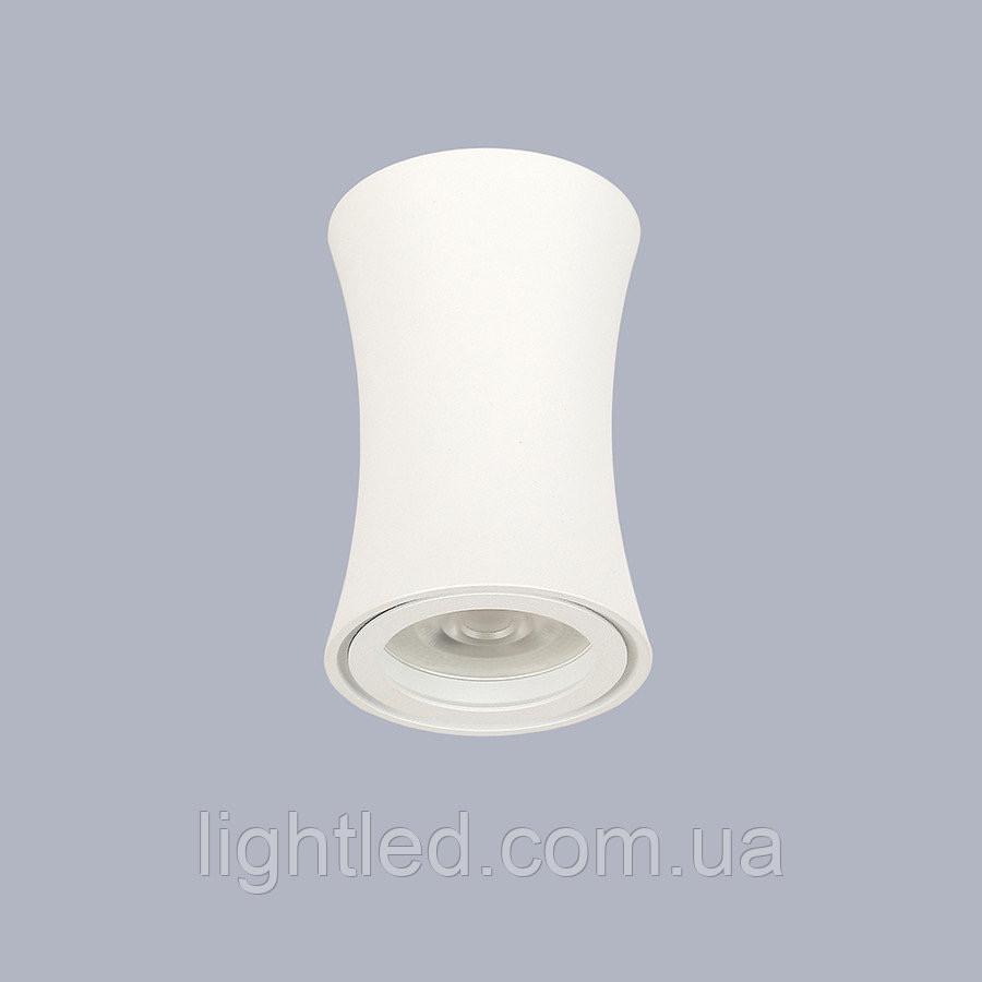 Белый светильник со сменной лампочкой