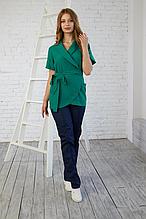 Модная женская зеленая медицинская куртка на запах размер 42-56