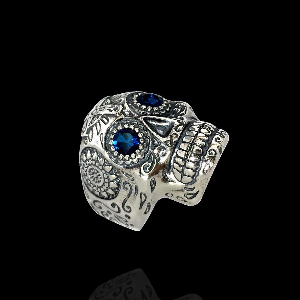 Серебряное кольцо Череп (Йорик)