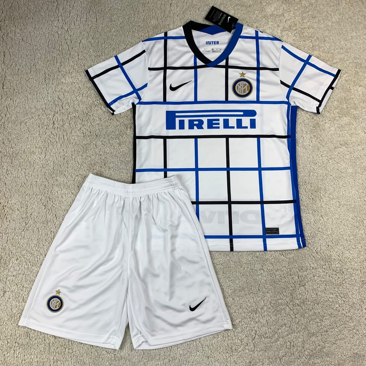 Футбольная форма Интер выездная сезон 2020-2021