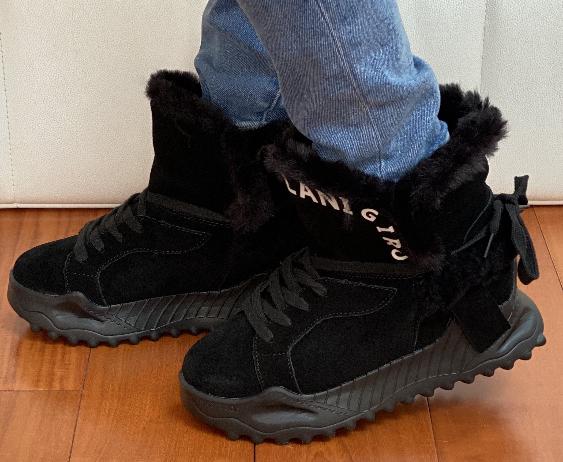 Ботинки женские зимние замша черные Tomfrie 27137