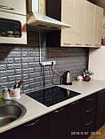Декоративная 3D панель стеновая самоклеющаяся под кирпич СЕРЕБРО 700х770х7мм, фото 9