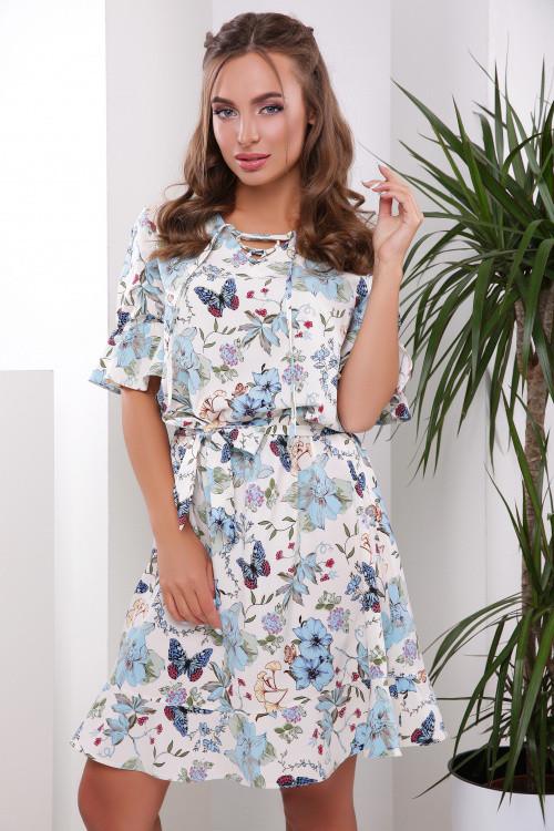 Романтичное платье с ярким цветочным принтом молочное 50-52 р-р
