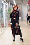 Стильне жіноче демісезонне пальто з капюшоном чорно-червоне Vam 676, фото 6