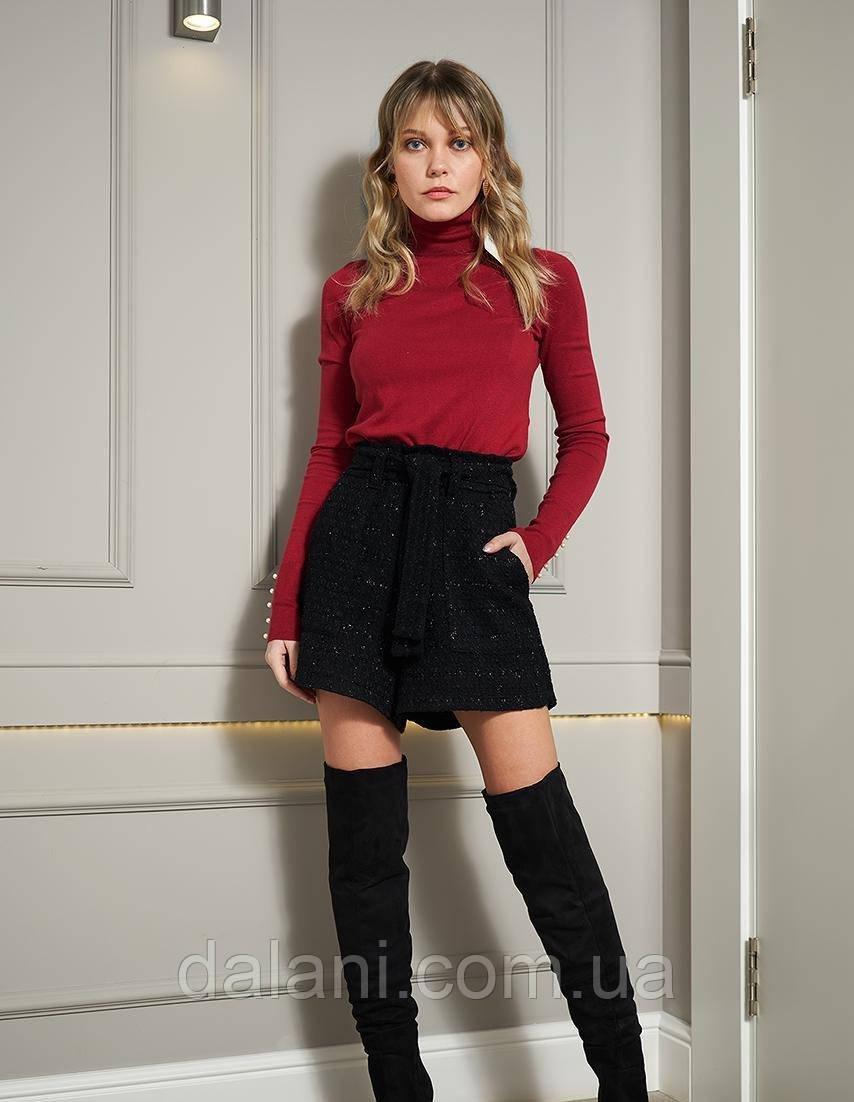 Тёплые женские черные шорты с люрексовой нитью