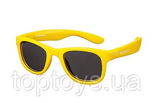 Дитячі сонцезахисні окуляри Koolsun Wave золотого кольору 3+ (KS-WAGR003)