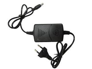 Сетевой адаптер зарядное блок питания 12V 2A разъем 5,5*2,5 мм