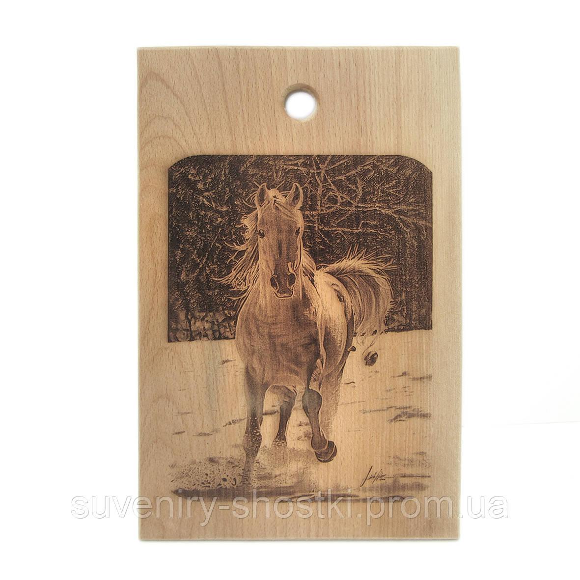 "Кухонная доска  "" Лошадь "" 320*210*15мм"