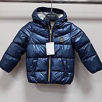Лаковая детская куртка на девочку с бантиками на карманах C&A рост 98