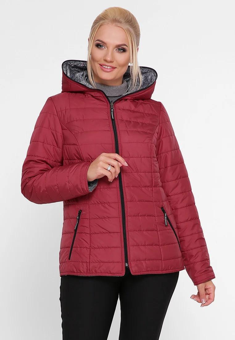 Оригинальная короткая куртка плащевка на утеплителе, цвет вишня, большого размера от 50 до 58