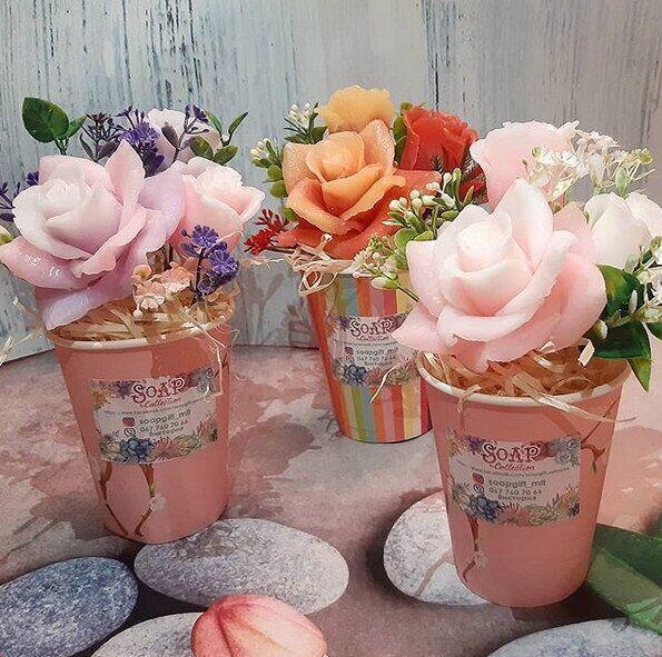 Мыло ручной работы букет розы в крафтовом стакане