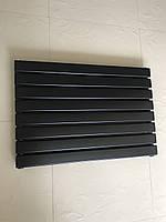 Горизонтальный радиатор дизайнерский  Livorno II G 8/600 черный матовый 544*600