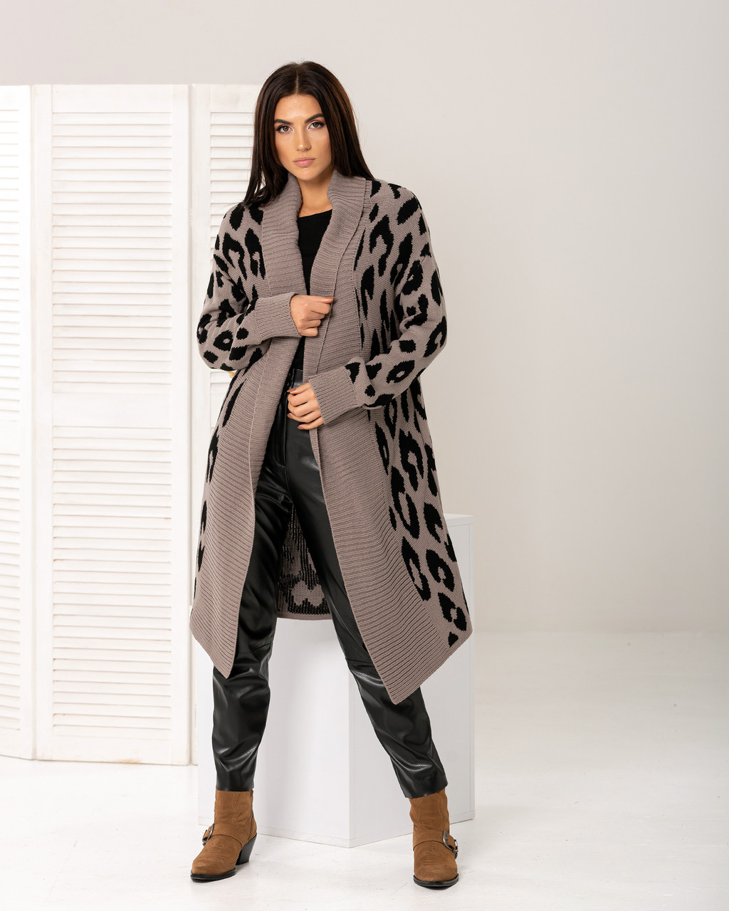 Пальто с леопардовым принтом «Лео»