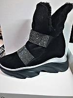 Женские ботинки черные замшевые на платформе зимние