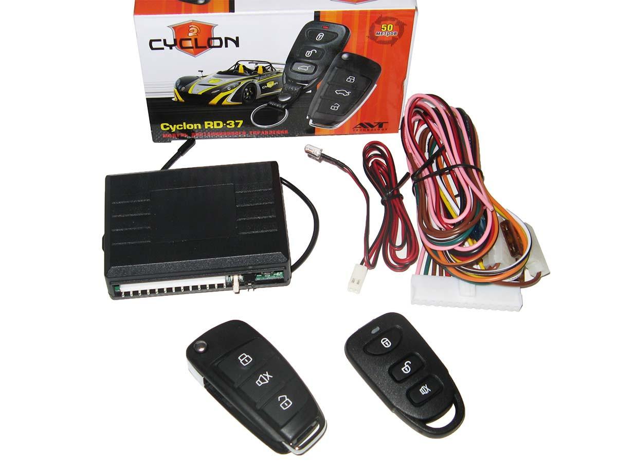 Дистанционное управление Cyclon RD-37 (выкидной ключ,силов вых. на сир., габариты, дотяжку,багажник)