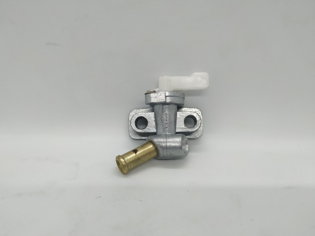 Кран топливный - 186F