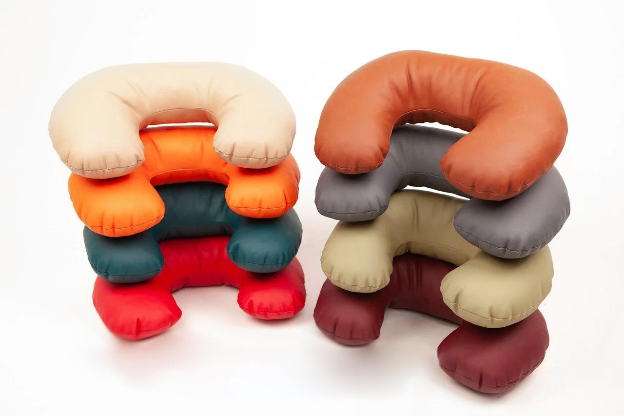 Подушки для массажных столов и кушеток косметологических