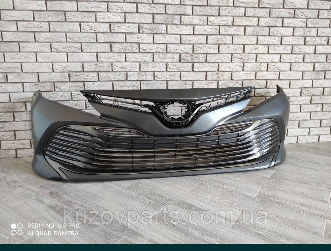 Toyota Camry LE 2017 2018 2019 2020 бампер в сборе