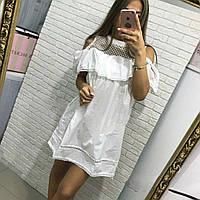 Платье свободное с воланом и сеткой рукав клёш