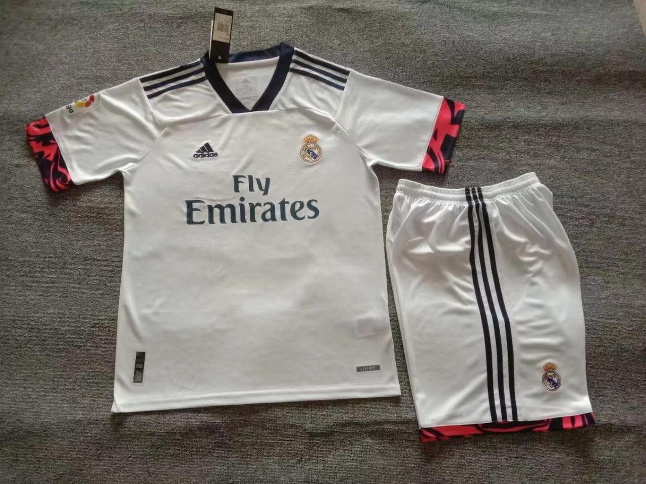 Футбольна форма Реал Мадрид основна сезон 2020-21рр.