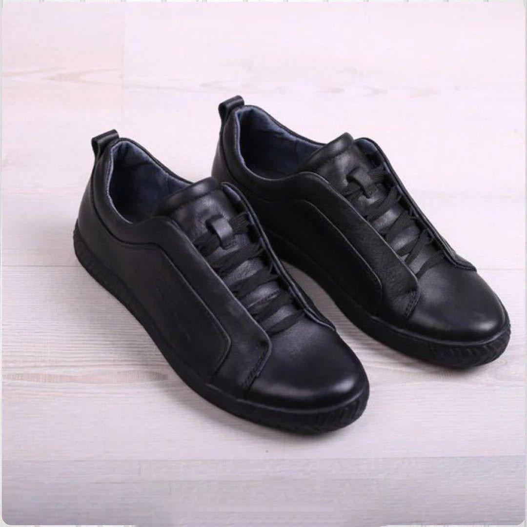 Кросівки класичні на шнурку натуральна шкіра